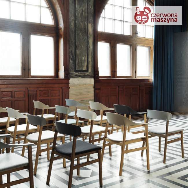 Krzesło tapicerowane Normann Copenhagen Herit oak leather grey