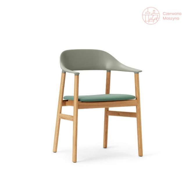 Krzesło z podłokietnikiem tapicerowane Normann Copenhagen Herit oak dusty green