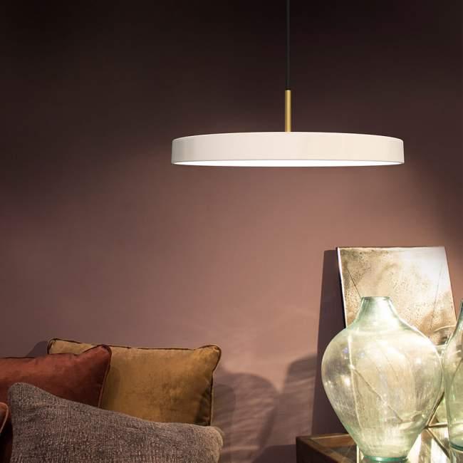 Lampa wisząca Umage Asteria (dawniej Vita Copenhagen) Ø 43 cm, perłowa