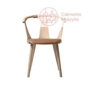 Krzesło &tradition In Between SK2, jasnobrązowe ze skórzanym siedziskiem