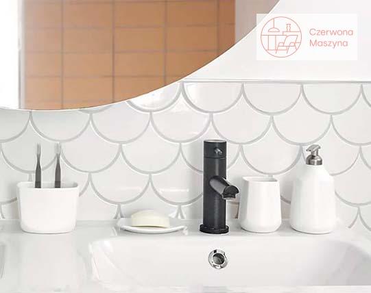 Kolekcja akcesoriów łazienkowych Umbra Corsa