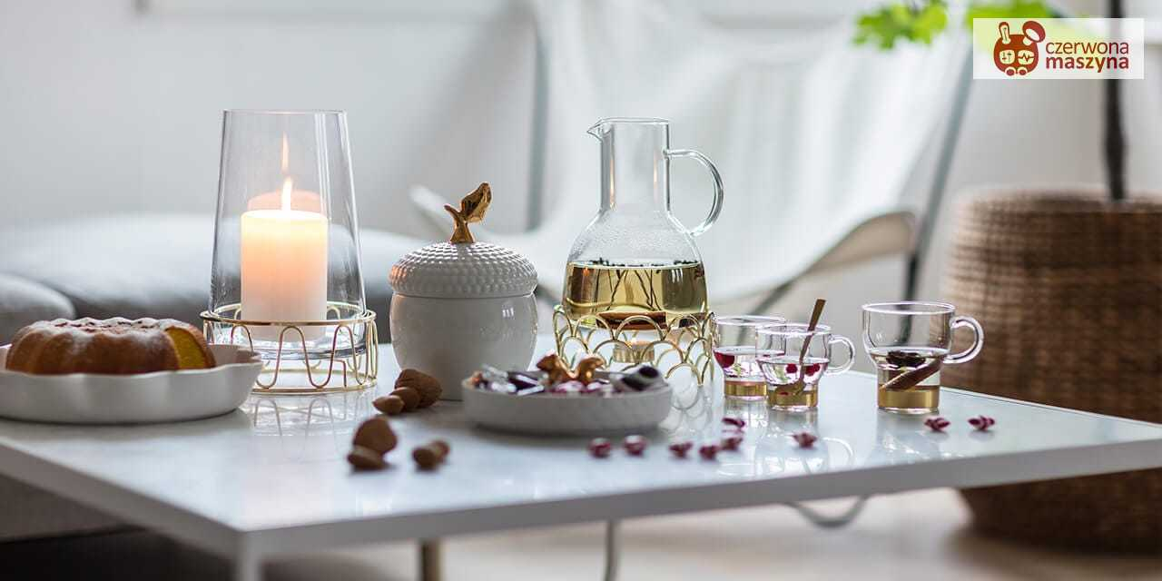 Grzane wino i przysmaki